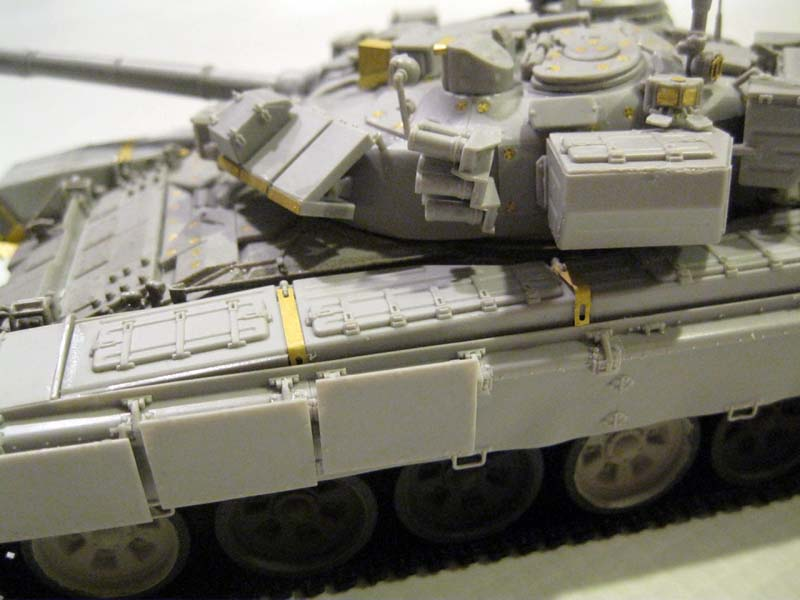 Танк Russian T-90 MBT - Cast Turret: 05560: 1/35: Trumpeter: