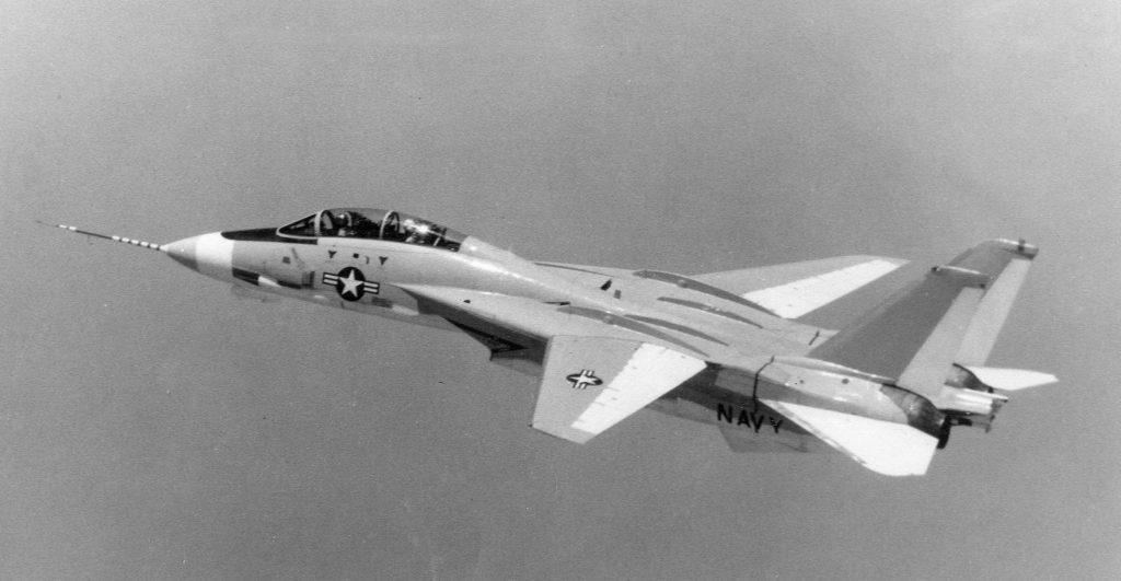 """Палубный истребитель F-14 """"Томкэт"""": История создания."""