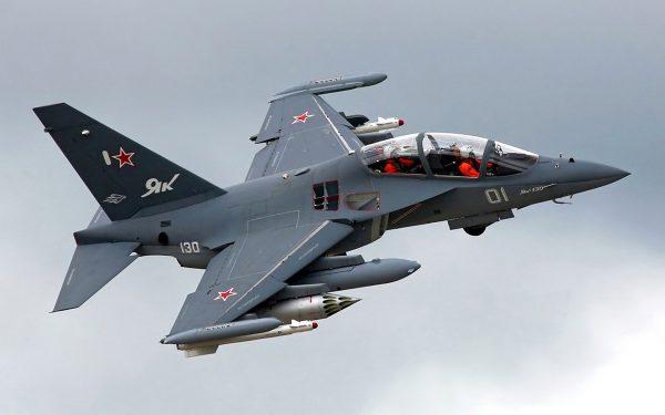 Учебно-боевой самолет Як-130