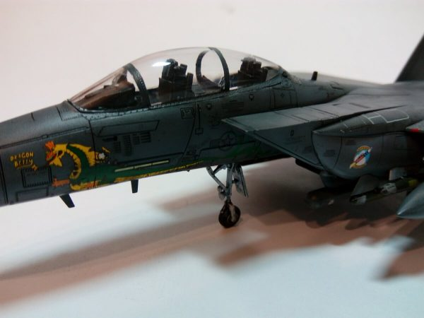 USAF F-15E Dragon Betty 2 336FTS Rocketeers: 12550: 1/72: Academy: Обзор стройки