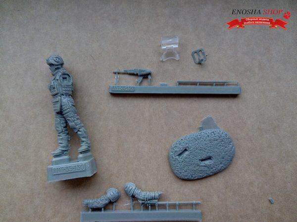 Боец штурмового инженерно-саперного батальона РФ: 35-130: 1/35: Ant-miniatures: Обзор