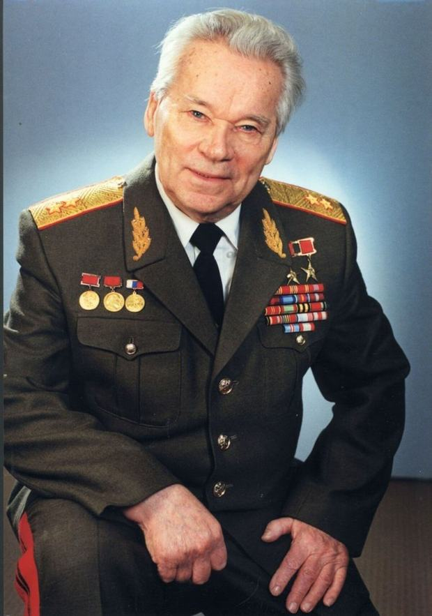 Фигура Михаила Калашникова: AR35-001: 1/35: Arkona Miniatures: Обзор набора