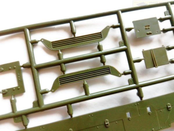 Советский средний танк Т-28: 3694: 1/35: Звезда: Обзор коробки