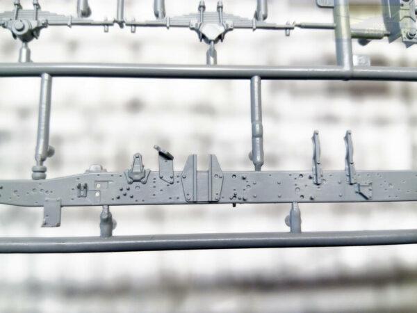 """Российский трехосный грузовик Камаз-5350 """"Мустанг"""": 3697: 1/35: Звезда: Обзор коробки"""